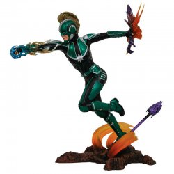 Marvel Captain Marvel diorama figure Starforce