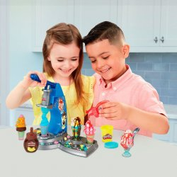 Play-Doh Creations Ice Cream Kitchen Playset