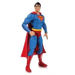 DC Essentials Action Figure Superman 17 cm