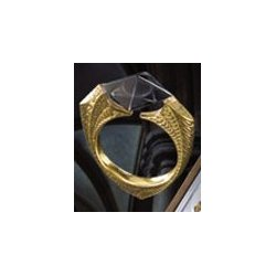 Harry Potter Replica 1/1 Lord Voldemort´s Horcrux Ring (gold-plated)
