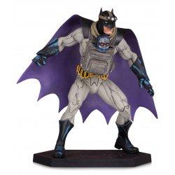 Dark Nights: Metal Statue Batman with Darkseid Baby 15 cm