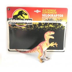 Jurassic Park - Electronic Velociraptor with Slashing Claw!