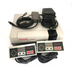 NES – Nintendo Entertainment System (2 Controllers)