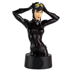 Batman Universe Collector's Busts 1/16 no.05 Catwoman 13 cm