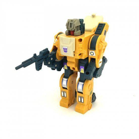 Transformers: G1 Headmasters: Weirdwolf