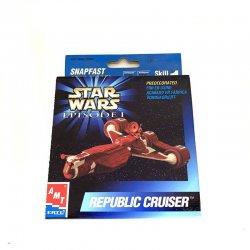 Star Wars: Episode 1 - Amt Ertl Snap Fast Mini Model Republic Cruiser