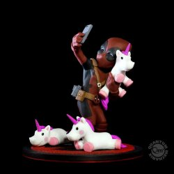 Marvel Q-Fig Diorama Deadpool no.unicornselfie 10 cm